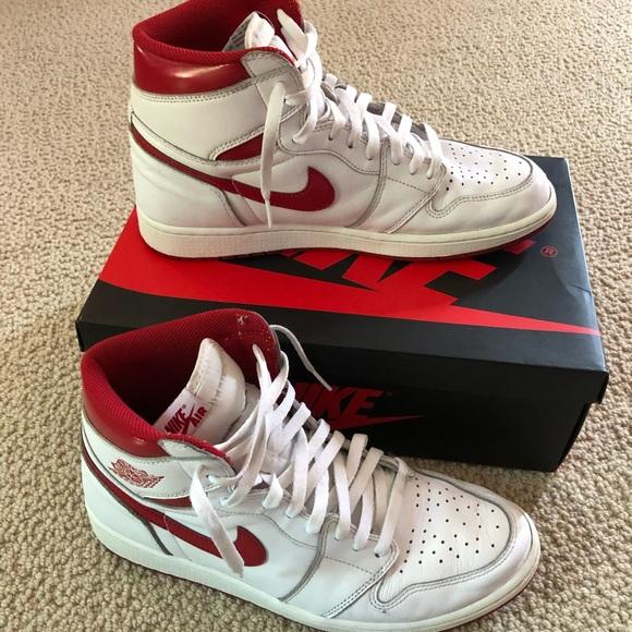 on sale 96b89 613fc Nike Air Jordan 1 Retro High OG Metallic Red
